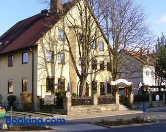 Gasthof Gruner Baum - Bayreuth - Building
