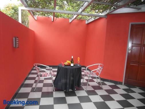 Red Square Home - Pretoria - Balcón