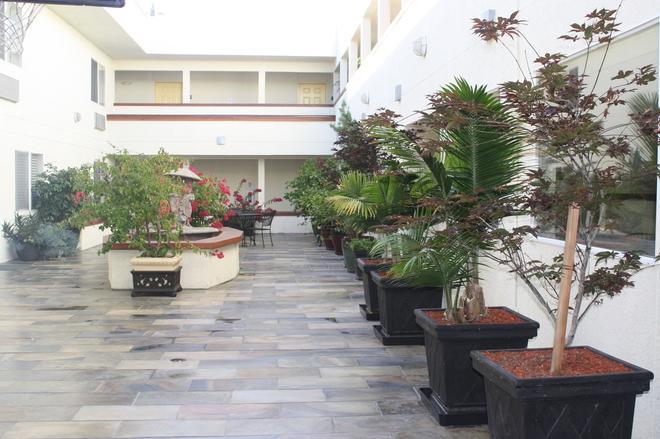 Airport Inn - South San Francisco - Vista del exterior