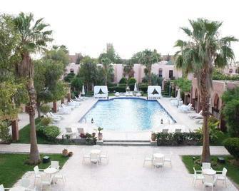 Hotel Karam Palace - Ouarzazate - Pool