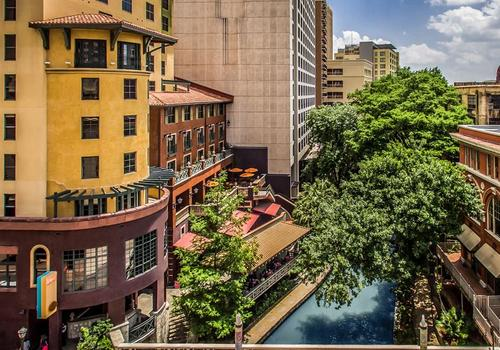 Hotel Valencia Riverwalk 132 3 3 0 San Antonio Hotel Deals