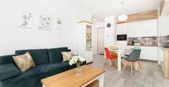 Apartment Sucha Gdansk By Renters - Gdansk - Living room