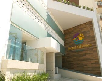 Hotel Atlântico - Guarapari - Gebäude