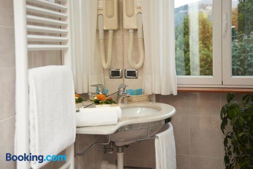 Hotel La Bussola - Orta San Giulio - Bathroom