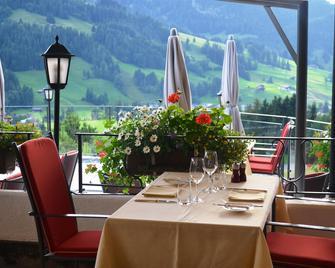 Le Grand Chalet - Gstaad - Gebouw