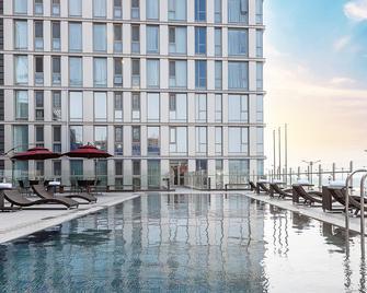 Hotel Regentmarine The Blue - Ciudad de Jeju - Piscina