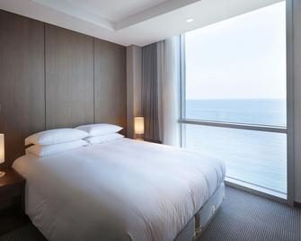 海景藍麗酒店 - 濟州 - 臥室