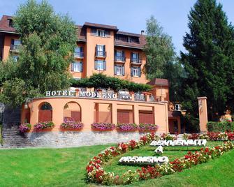 Hotel Moderno - Premeno - Building