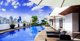 曼谷阿索克美爵酒店 - 曼谷 - 游泳池