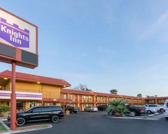 Knights Inn Mesa Az - Mesa - Building