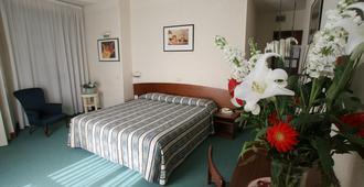 Hotel Columbus - פירנצה - חדר שינה