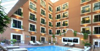 iStay Hotel Ciudad Victoria - Сьюдад-Виктория