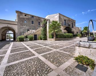 Antico Borgo Villa Giulia - Noto - Building