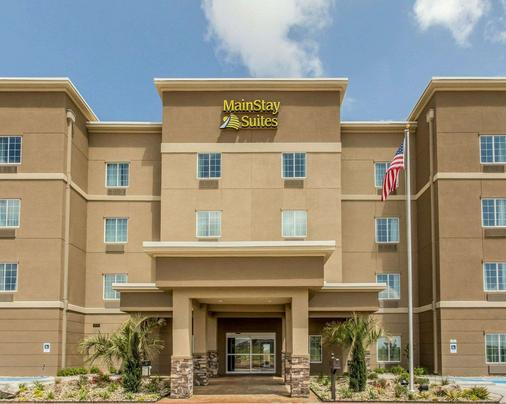 MainStay Suites - Midland - Building