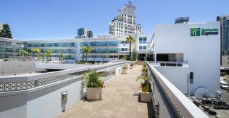 Holiday Inn Express San Diego Downtown - San Diego - Balcony