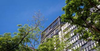 Park Lees Hotel - Kaohsiung - Außenansicht