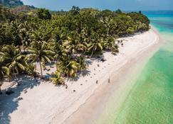 Munjoh Ocean Resort - Jālebar - Plaża