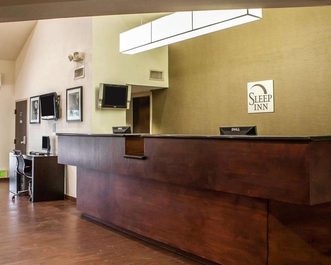 Sleep Inn Arlington Near Six Flags - Arlington - Front desk