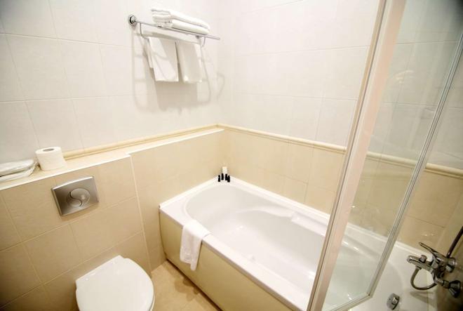 伊姆普利薩酒店 - 基輔 - 基輔 - 浴室