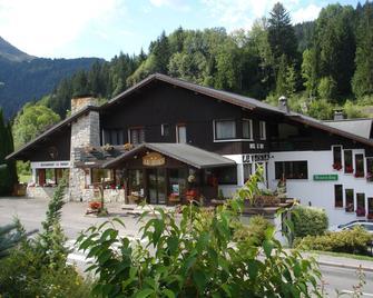 Hôtel Le Soly - Morzine - Building