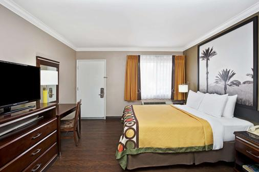 Super 8 by Wyndham Los Angeles-Culver City Area - Los Angeles - Schlafzimmer