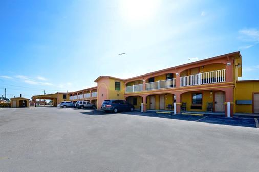 Americas Best Value Inn Port Aransas - Port Aransas - Rakennus