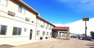 Budget Host Royal Gorge Inn - Cañon City - Building