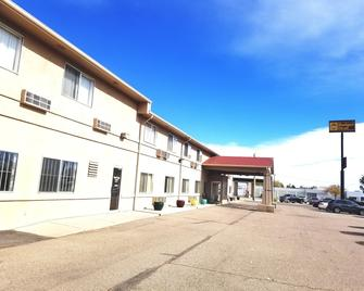 Budget Host Royal Gorge Inn - Cañon City - Building