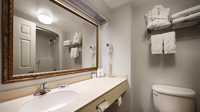 Best Western Milton - Milton - Bathroom