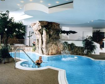 Parkhotel Altmühltal - Gunzenhausen - Pool