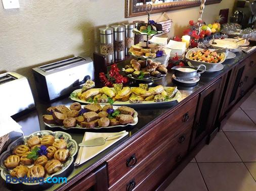 Jorn's Gastehaus - Mbombela - Buffet