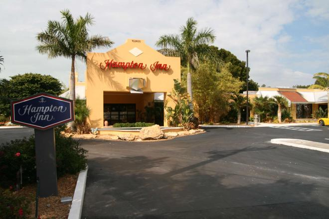 Hampton Inn- Key Largo, FL. - Key Largo - Building