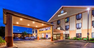 Best Western Inn & Suites of Merrillville - Merrillville - Edificio