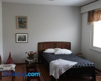 Vanhan Meijerin Majatalo Apartment - Varkaus - Bedroom