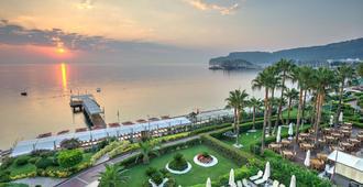 Hotel Golden Lotus - קמר - נוף חיצוני