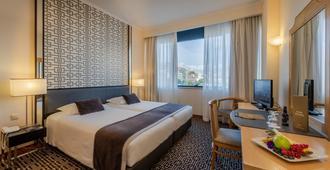 Hotel Mundial - ליסבון - חדר שינה