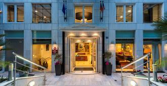 Best Western Plus Embassy Hotel - אתונה