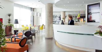 Novotel Suites Malaga Centro - Málaga - Recepción