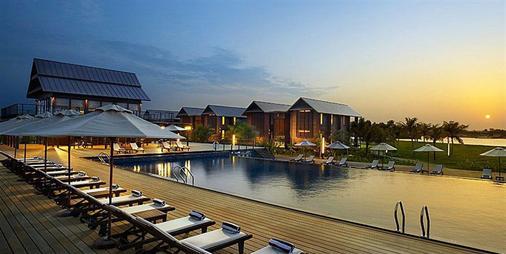 Duyong Marina & Resort - Kuala Terengganu - Pool