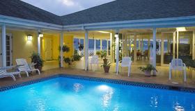 Polkerris Bed & Breakfast - Montego Bay - Pool