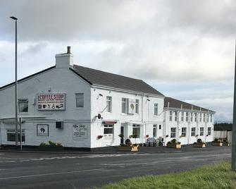The Brown Horse Hotel - Bishop Auckland - Building