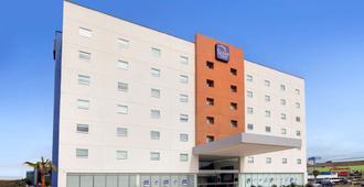 Sleep Inn Tijuana - Tijuana - Gebäude