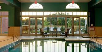 Saratoga Casino Hotel - Saratoga Springs - Piscina