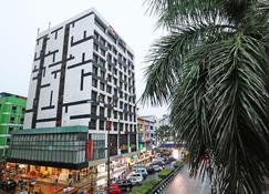 Citrus Hotel Johor Bahru by Compass Hospitality - Джохор-Бахру - Здание