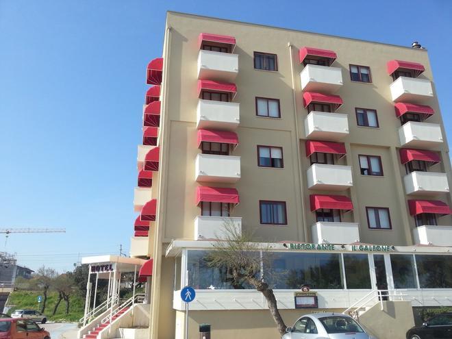 Hotel Elisabeth Due - Fano - Rakennus