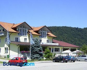 Gasthof Hotel zur Post - Passau - Building