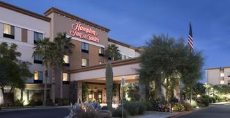 Hampton Inn & Suites Phoenix North/Happy Valley - Phoenix - Gebäude