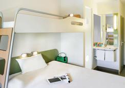 佩皮尼昂中心地中海宜必思快捷酒店 - 佩皮尼昂 - 佩皮尼昂 - 臥室
