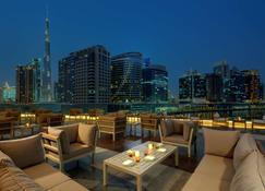 Radisson Blu Hotel, Dubai Waterfront - Ντουμπάι - Μπαλκόνι