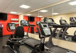 Country Inn & Suites by Radisson Ontario Mills, CA - Ontario - Gym